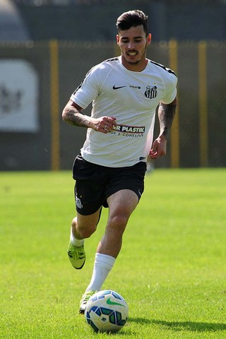 Zeca se tornou titular absoluto após chegada de Dorival Júnior (Foto: Ivan Storti/Santos FC)