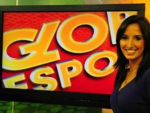 Alice Bastos Neves apresenta o Globo Esporte RS (Foto: Divulgação/RBS TV)