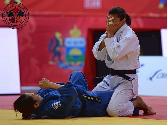 Sarah Menezes vence Emi Yamagishi no Grand Slam de judô de Tyumen (Foto: © IJF Media Team - Jack Willingham)