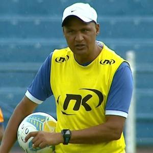 Buião, técnico do Rio Claro (Foto: Paulo Chiari/EPTV)