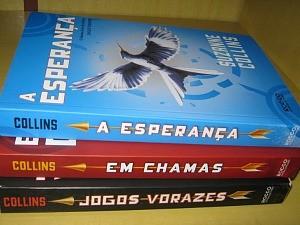 Gabriela já leu os três livros da Saga 'Jogos Verozes' (Foto: Foto pessoal de Gabriela Malta)