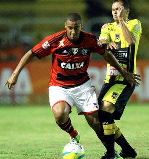 Welinton, Volta Redonda x Flamengo (Foto: Ernesto Carriço/Agência Estado)