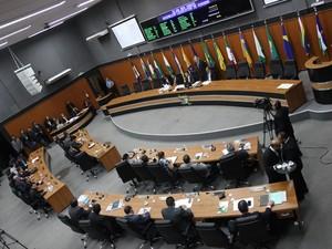 Todos os deputados estavam presentes na sessão desta terça-feira (17) (Foto: Inaê Brandão/ G1 RR)