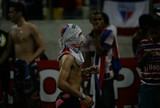 Em jogo histórico, mas com confusão, Fortaleza para Ceará e é campeão