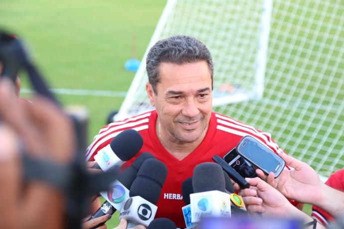Vanderlei Luxemburgo - técnico do Flamengo - Natal (Foto: Alexandre Lago/GloboEsporte.com)