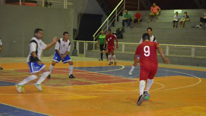CML vence os 'Amigos da Pelada' na Copa Rede Amazônica de Futsal no AP (Foto: Jonhwene Silva/GE-AP)