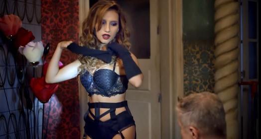 'Striptease' (Gshow)