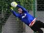 Titular em clássico, Agenor se vê mais adaptado e confiante no gol do Sport