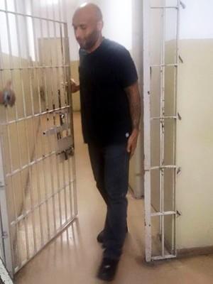 Ex-goleiro do Santos, filho de Pelé é solto de cadeia em Santos, SP (Foto: LG Rodrigues/G1)