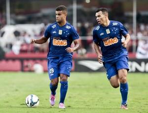 Alisson e Ceará, jogadores do Cruzeiro (Foto: Ale Cabral/Lightpress)