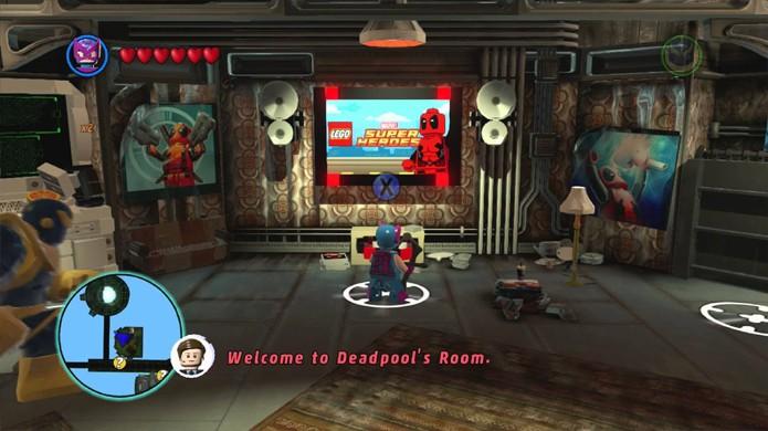 Compre extras para o jogo no quarto de Deadpool (Foto: youtube.com)