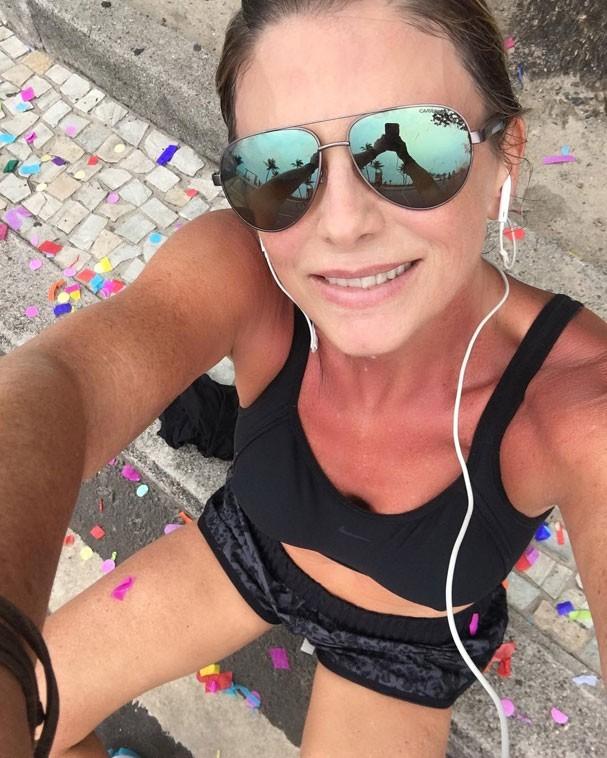 Pra início de conversa, ela correu 7k em pleno Carnaval!  (Foto: Reprodução Instagram)