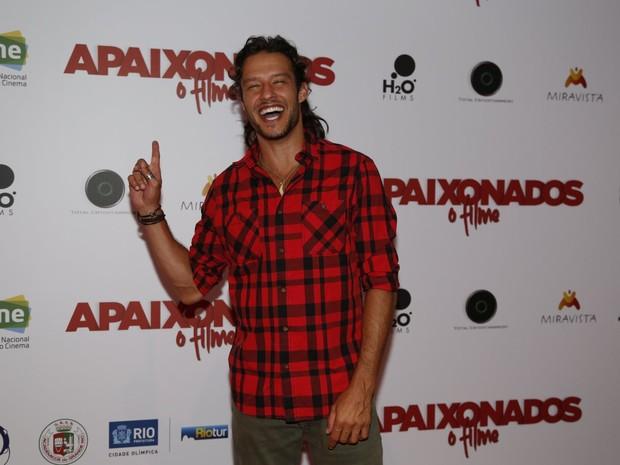 Nando Rodrigues em pré-estreia de filme na Zona Sul do Rio (Foto: Ag. News)