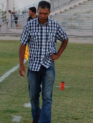 Betão, técnico do Serrano-PB (Foto: Silas Batista / GloboEsporte.com)