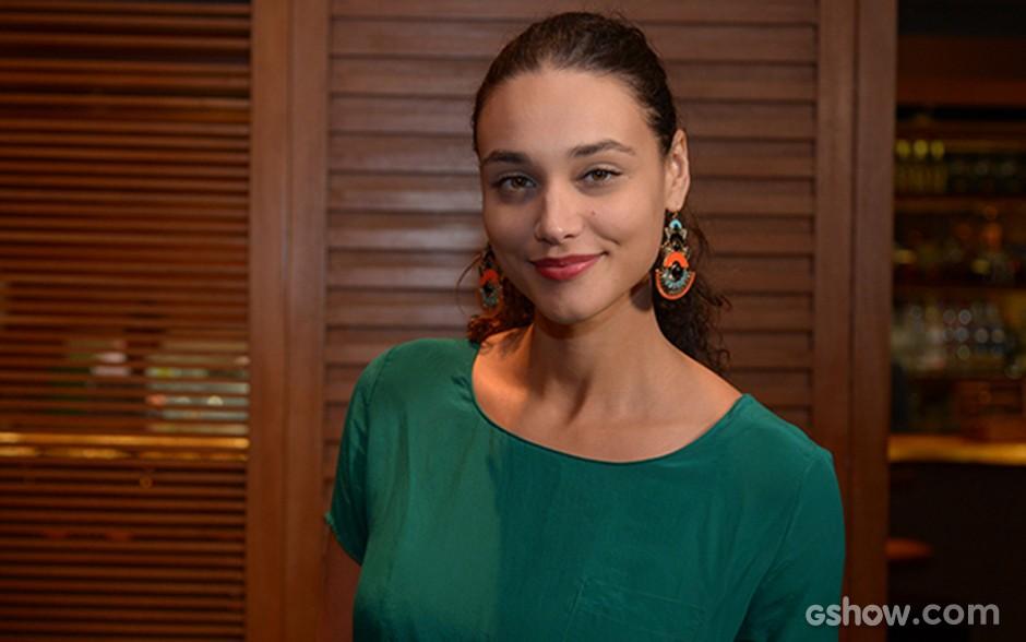 Débora Nascimento sempre linda na estreia da novela  (Foto: Raphael Dias/TV Globo)