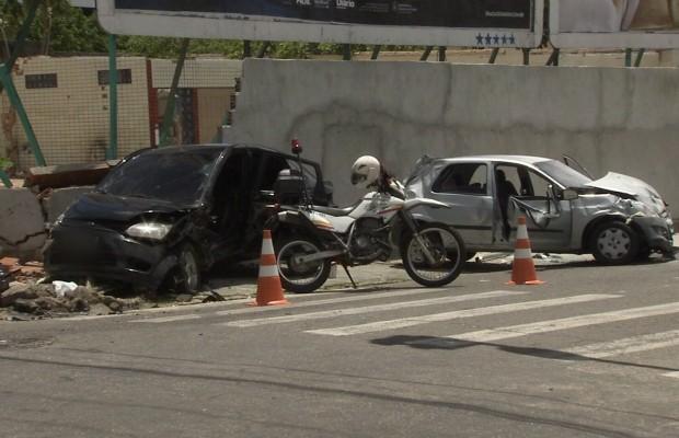 Acidente no Bairro de Fátima deixou seis pessoas feridas (Foto: TV Verdes Mares/Reprodução)