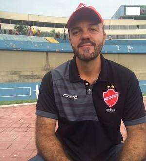 Rogério Mancini, técnico do Vila Nova (Foto: Guilherme Gonçalves / GloboEsporte.com)