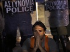 Grécia aprova projeto que prevê demissão de milhares de servidores