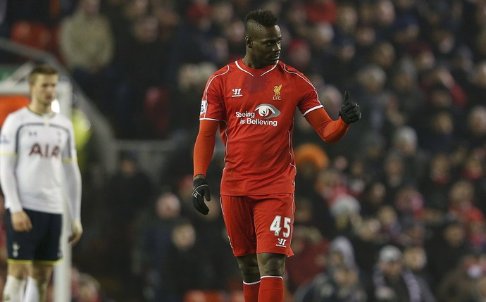 Balotelli Liverpool x Tottenham (Foto: Reuters)