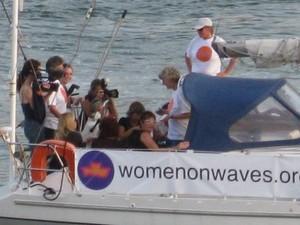 Grupo ficou conhecido por levar embarcações a países onde o aborto é proibido; prática é feita em águas internacionais, onde aplica-se lei holandesa (Foto: Divulgação)