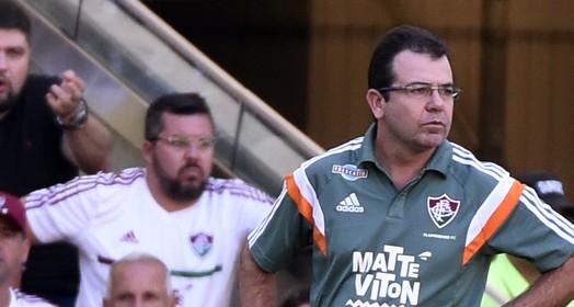 em  defesa (André Durão / GloboEsporte.com)