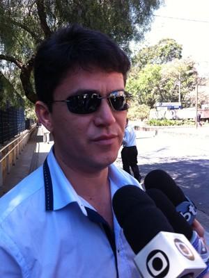 José Carlos, marido de Angelita (Foto: Letícia Macedo/G1)