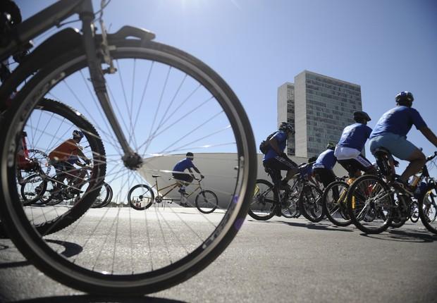 Dia Mundial sem Carro ; Bikes Rodas da Paz ; andar de bicicleta ; transporte sustentável ; mobilidade ;  (Foto: Fabio Rodrigues Pozzebom/Agência Brasil)