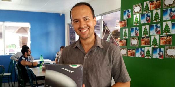 Sorteios de brindes para os aniversariantes  (Foto: Divulgação/ Marketing OAM)