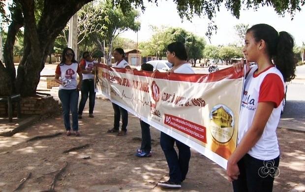 Grupo faz campanha de doação de sangue em Roraima (Foto: Roraima TV)