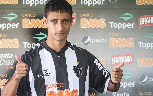 Juninho já está regularizado no BID (Foto: Bruno Cantini / Site Oficial do Atlético-MG)