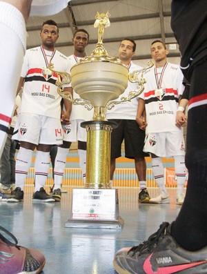 Futsal sub-21 de Mogi campeao nos Abertos (Foto: Cleomar Macedo)