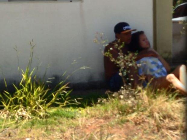 Vídeo mostra ameaça de jovem contra a esposa grávida  (Foto: Divulgação / Polícia Militar)