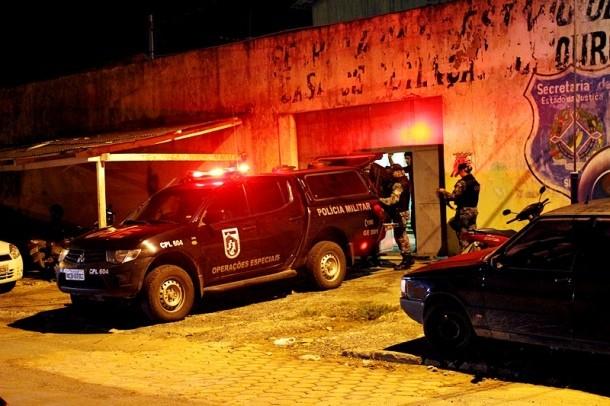 GOE foi chamado para conter motim na Casa de Detenção de Ouro Preto (Foto: Roni Tosta/OuroPretodoOeste.com)