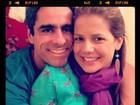 Nívea Stelmann posa sorridente com o namorado: 'Vamos viver tudo'