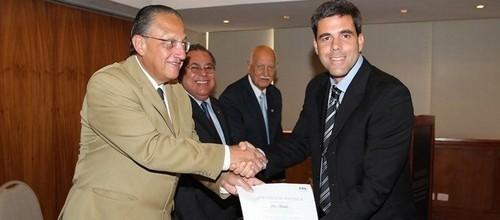Marco Antônio Teixeira deixou o cargo na CBF em 2012 (Foto: Arquivo)