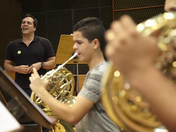Acostumado a músicas italianas e americanas, Daniel Boaventura vai experimentar canções nacionais (Foto: Guto Costa/Bradesco Seguros/Divulgação)