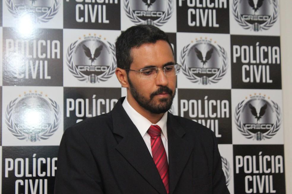 Delegado diz que suspeito está sendo investigado por associação criminosa (Foto: Fernando Brito/G1)