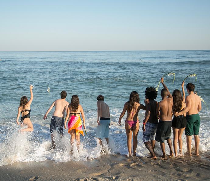 Amigos se despedem de Filipe (Foto: Raphael Dias/Gshow)