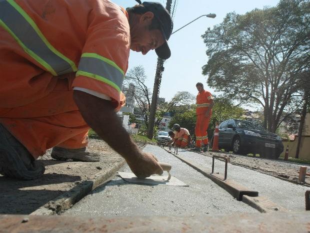 A Prefeitura de Sorocaba está investindo mais de R$ 33 milhões na melhoria de vias da cidade (Foto: Assis Cavalcante)