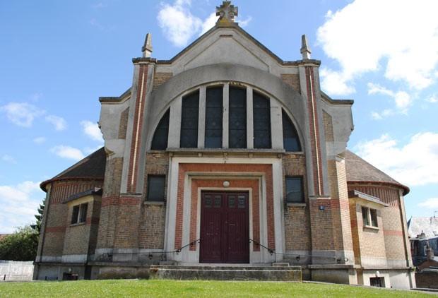 Igreja em estilo Art Déco à venda na cidade francesa de Soissons (Foto: Imobiliária Patrice Besse)