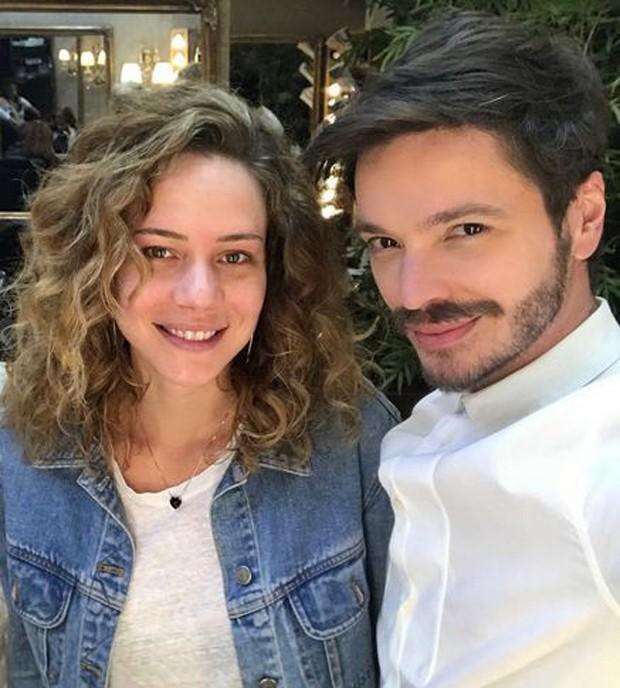Tiago Parente e Leandra Leal (Foto: Reprodução/Instagram)