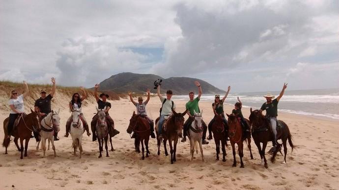 Gui fez uma cavalgada nas praias do norte de Floripa (Foto: RBS TV/Divulgação )