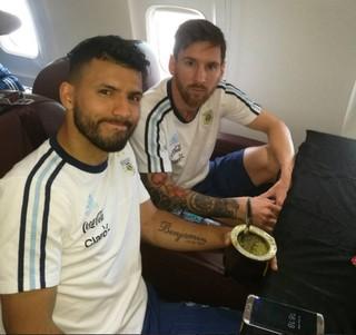 Messi foto avião Argentina (Foto: Reprodução / Instagram)