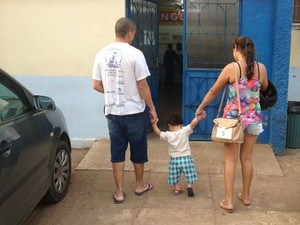 Família diz que não recebeu atendimento dos profisisonais do posto de saúde quando precisou (Foto: Mary Porfiro/G1)