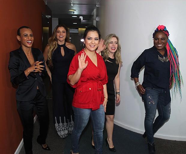 Grupo Rouge se reúne para coletiva (Foto: AgNews)