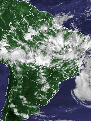 Imagem de satélite capturada na tarde desta quinta-feira (19) (Foto: Reprodução/Cptec/Inpe)