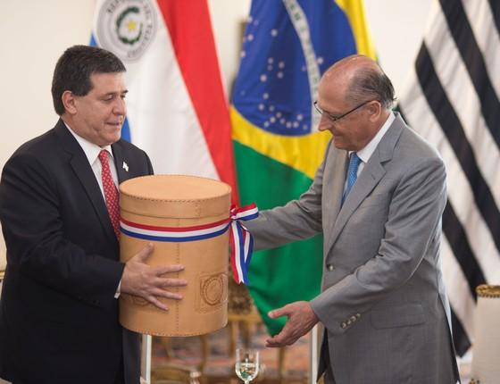 Presidente do Paraguai, Horacio Cartes, se encontra com o governador de São Paulo, Geraldo Alckmin, na capital paulista (Foto: Luis Blanco/A2img - Flickr Assessoria Especial para Assuntos Internacionais do Governo de SP)