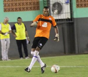 Máximo, goleiro Atlético-AC (Foto: Duaine Rodrigues)
