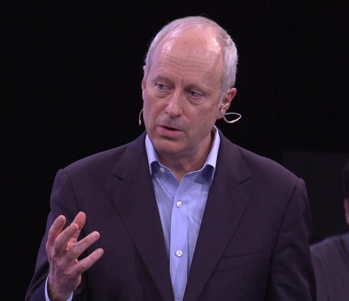Michael Sandel ajuda Luciano Huck a 'decifrar' o que seria o 'jeitinho brasileiro' (Foto: Gshow)