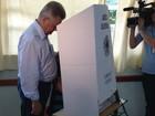 No 2° turno, Udo Dohler vota em escola de Joinville